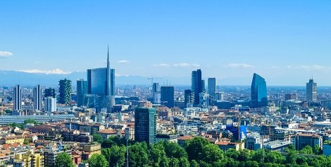 800px-Milan_skyline_skyscrapers_of_Porta_Nuova_business_district